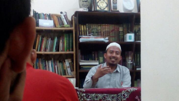 Adabul Mufrod - Ust Ahmadun Najah